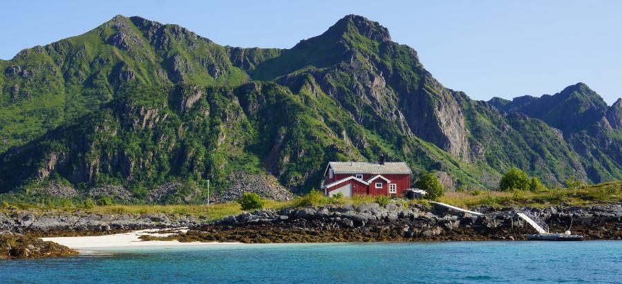 Lofoten Urlaub - Haus im Raftsund